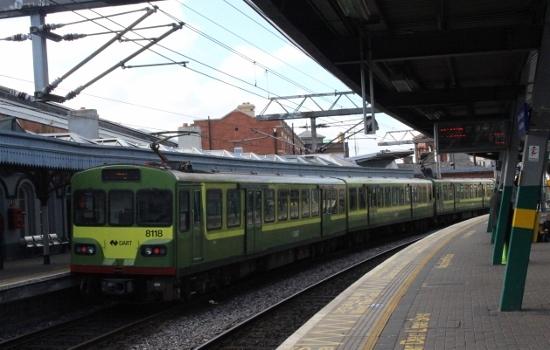 ⑤コネリー駅DART (550x350)