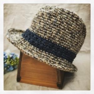 写真 ジュートの中折れ帽 正方形