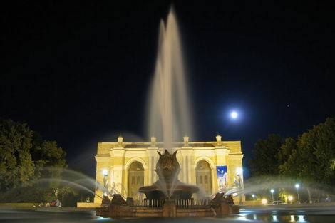 20170219_ウズベキスタンの「ナボイ劇場」(470x313)
