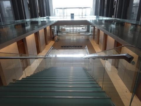 ④県議会議事堂 (3)