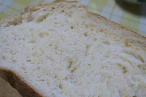 「焼きたてのパンは最高ですね!」③