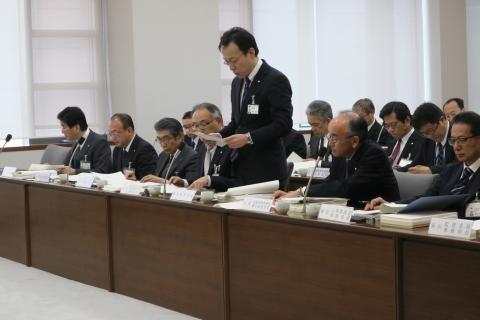 「平成29年3月13日総務部質問」②
