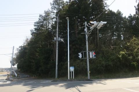 「行里川交差点にLED照明が付きました!」③