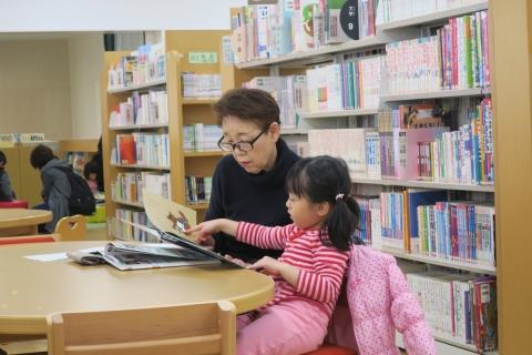 「こども図書館本の森」内覧会①