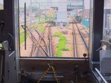 12恩田駅進入0415