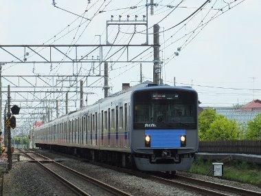 3拝島線下り電車0428