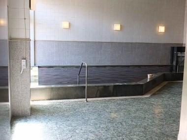 9男湯浴室0428