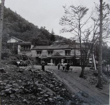 坂田温泉(旧堀川温泉)の宿泊・温泉施設