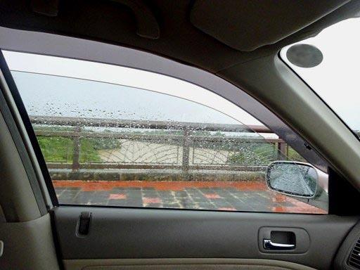 大雨出勤-h DSC07056