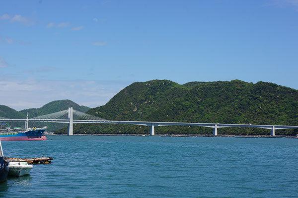 日生漁港から『日生大橋』を望む