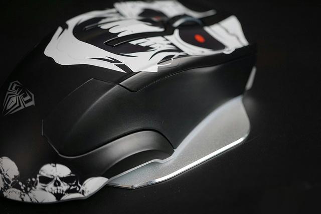 AULA_Skull_Mouse_08.jpg