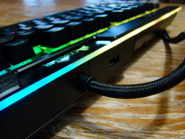 K95_RGB_Platinum_09.jpg