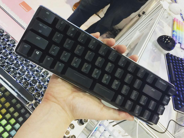 Magicforce_49-Key_01.jpg