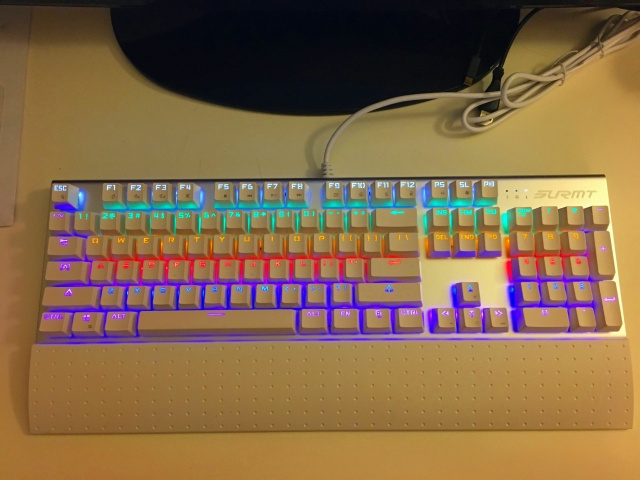 Mechanical_Keyboard90_08.jpg
