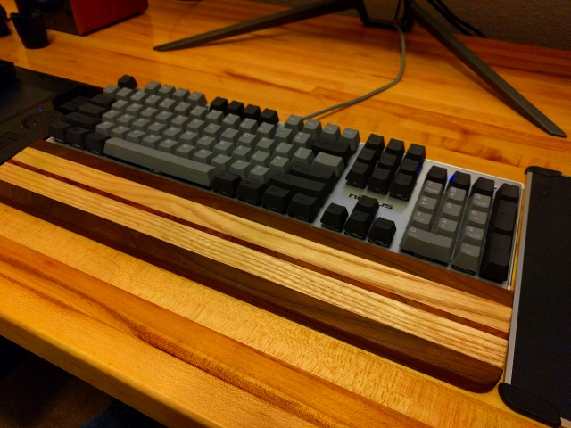 Mechanical_Keyboard91_96.jpg