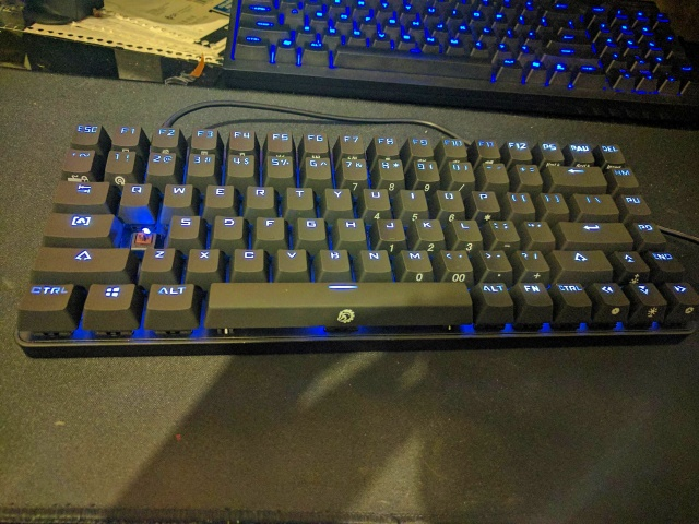 Mechanical_Keyboard95_02.jpg