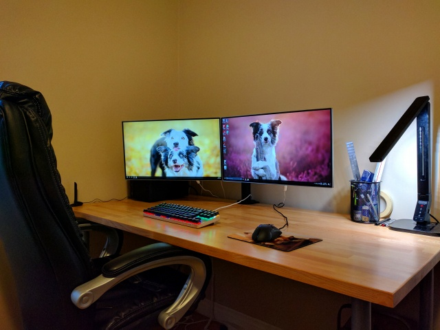 PC_Desk_MultiDisplay86_63.jpg