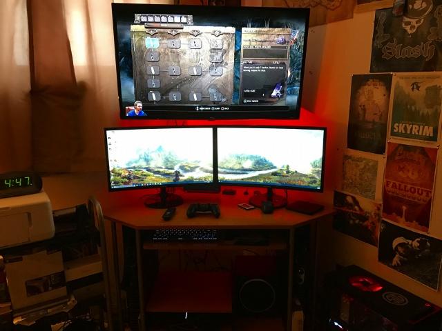 PC_Desk_MultiDisplay87_53.jpg