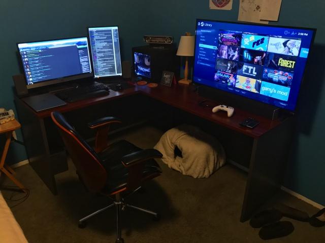 PC_Desk_MultiDisplay87_58.jpg