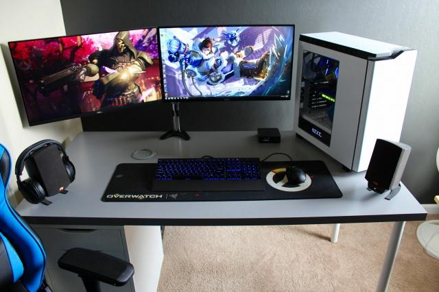PC_Desk_MultiDisplay88_16.jpg