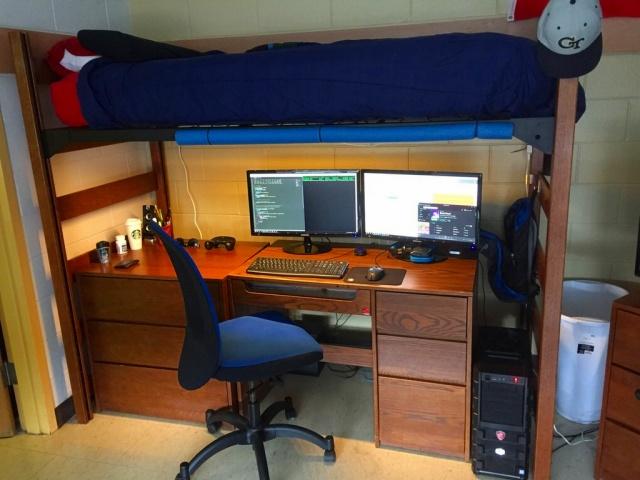 PC_Desk_MultiDisplay88_20.jpg