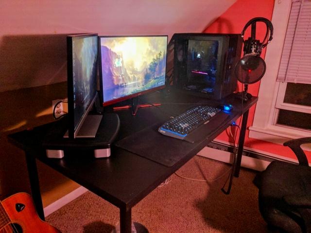 PC_Desk_MultiDisplay88_29.jpg