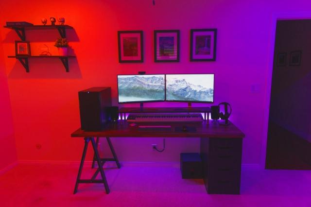 PC_Desk_MultiDisplay88_40.jpg