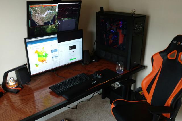 PC_Desk_MultiDisplay88_59.jpg