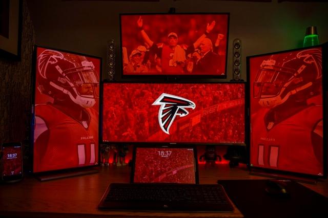 PC_Desk_UltlaWideMonitor18_65.jpg
