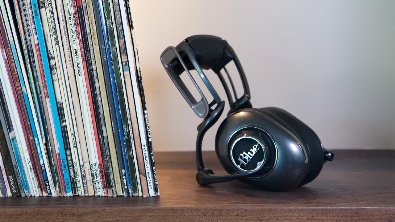 Sakura-Quest_Headphones_05.jpg