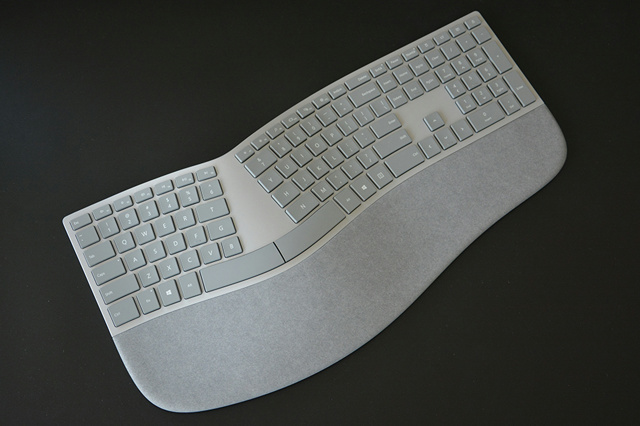 Surface_Ergonomic_Keyboard_10.jpg