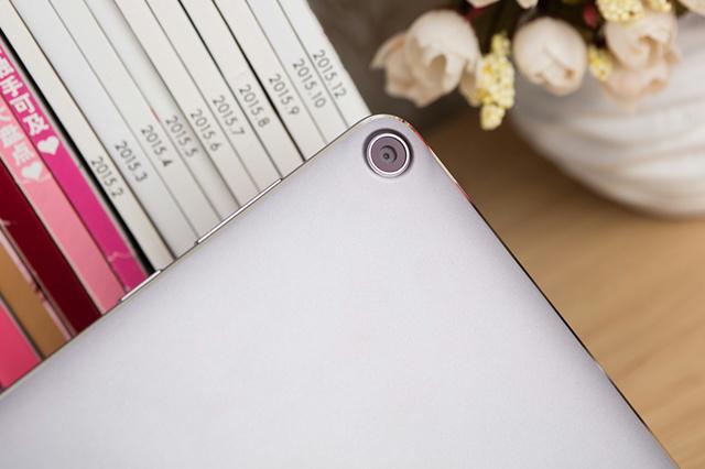 ZenPad3S10_11.jpg