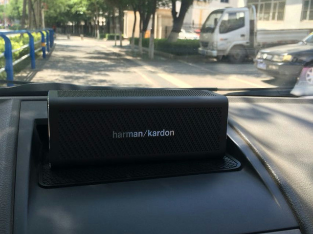 harman_kardon_ONE_10.jpg