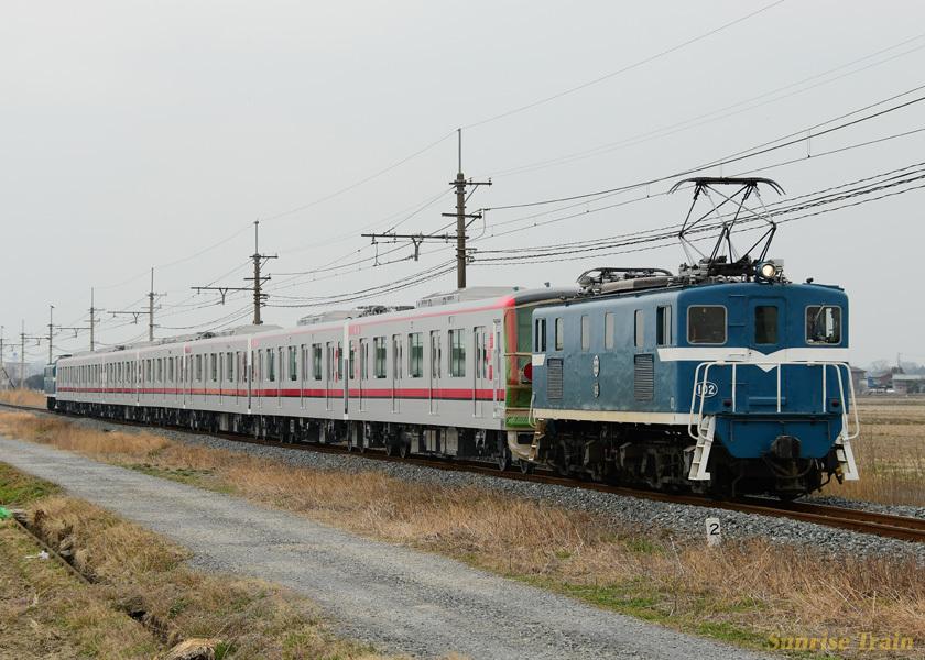 デキ102+71703編成+デキ503