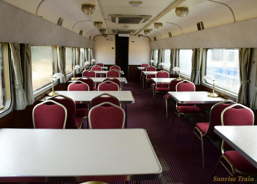 食堂車のスシ24 505