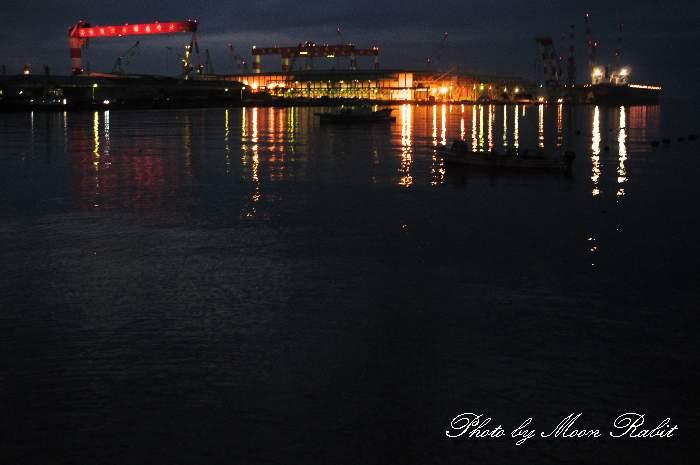 夜の今治造船西条工場 愛媛県西条市ひうち7-6