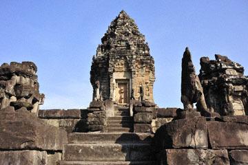 blog 233 Cambodia, Siam Reap, Roluos Group (Lolei, Preah Ko, Bakong) Bakong_DSC0037-12.4.13.(2).jpg