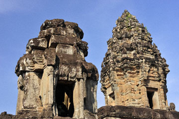 blog 233 Cambodia, Siam Reap, Roluos Group (Lolei, Preah Ko, Bakong) Bakong_DSC0036-12.4.13.(2).jpg