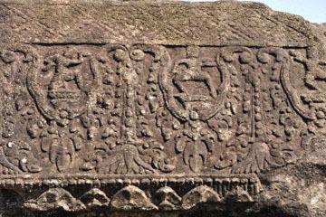 blog 233 Cambodia, Siam Reap, Roluos Group (Lolei, Preah Ko, Bakong) Bakong_DSC0055-12.4.13.(2).jpg