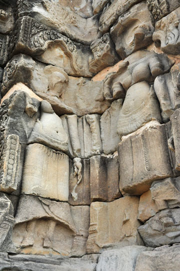 blog 233 Cambodia, Siam Reap, Roluos Group (Lolei, Preah Ko, Bakong) Bakong, Apsara_DSC0078-12.4.13.(2).jpg