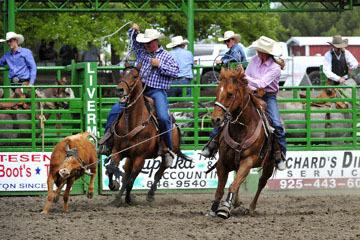 blog (6x4@300) Yoko 119 Livermore Rodeo, Local Team Roping 1, Johni & Doug Santucchi (NT) 2_DSC7134-6.11.16.(4).jpg
