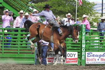 blog (6x4@300) Yoko 119 Livermore Rodeo, Saddle Bronco 7, Cooper DeWitt (79 Rio Rico, AZ) 2_DSC7340-6.11.16.(4).jpg