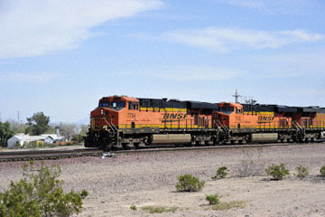 blog 10 Mojave to Daggett on 58, Freight Train, CA_DSC6700-3.19.17.(1).jpg