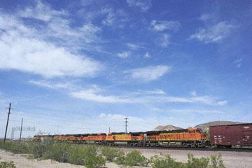 blog 10 Mojave to Daggett on 58, Freight Train, CA_DSC6707-3.19.17.(1).jpg