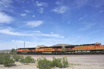 blog 10 Mojave to Daggett on 58, Freight Train, CA_DSC6706-3.19.17.(1).jpg