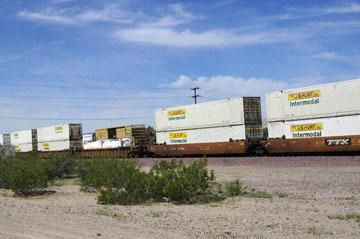 blog 10 Mojave to Daggett on 58, Freight Train, CA 2_DSC6751-3.19.17.(1).jpg