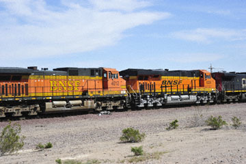 blog 10 Mojave to Daggett on 58, Freight Train, CA_DSC6746-3.19.17.(1).jpg