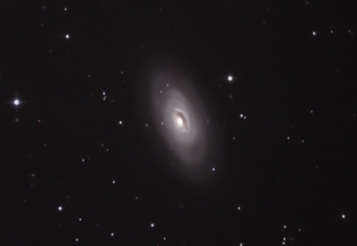 M64黒眼銀河TRIM C RAW