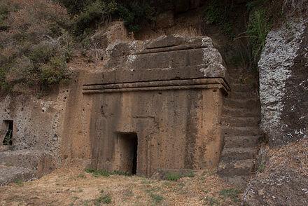 エトルリア墓6