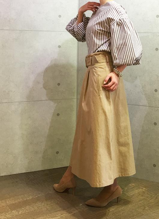 実店舗で超人気のスイットトロワのお袖ふんわりブラウス